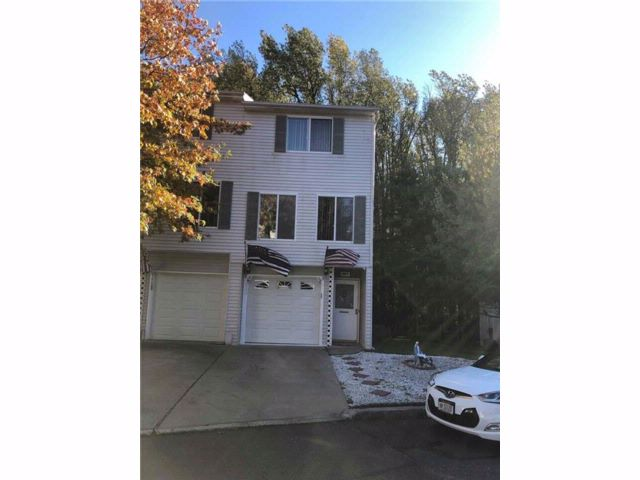 1 BR,  1.50 BTH  Single family style home in Arden Heights